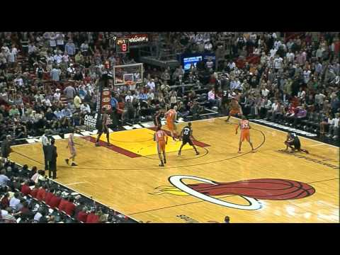 Grant Hill 19pts vs Miami include huge collision with LeBron James