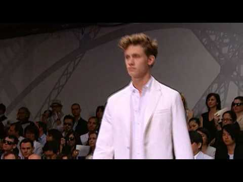 Louis Vuitton Men s Spring/Summer 2009 Show Part 1/2