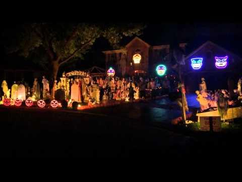 Halloween Light Show 2014, Michael Jackson, Thriller. Thomas Halloween 2014 Naperville IL