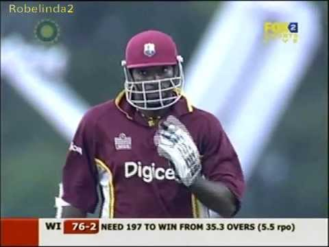 Gayle & Lara magical 151 run partnership in 19 overs vs Australia 2006