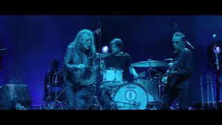 """Robert Plant and the Sensational Space Shifters - 2017.11.30 O2 Apollo Manchesterでのライブから""""New World""""の映像を公開 thm Music info Clip"""