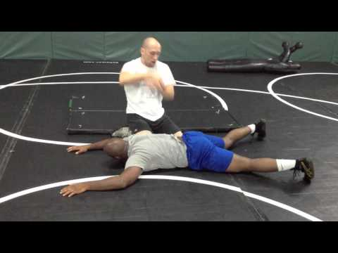 Freestyle wrestling throw from top - Reverse Gut Wrench Image 1
