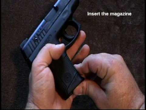 Taurus MILLENIUM PT140 PRO: left handed magazine release
