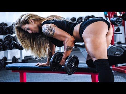 Фитоняшки в фитнес зале  Фитнес мотивация для девушек и женщин!