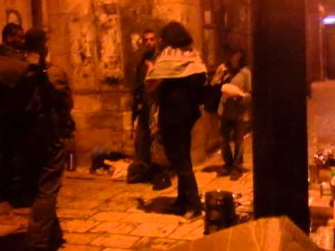 Israeli soldiers' violence on two palestinian kids in Jerusalem