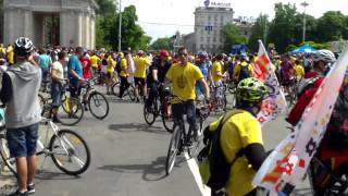 Orașul neadaptat pentru pedalat a fost inundat de biciclete