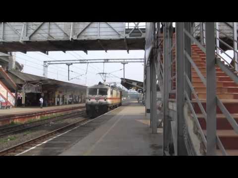 Indian Railways : Lallaguda Wap-7 30240 Blasting Stm!! video