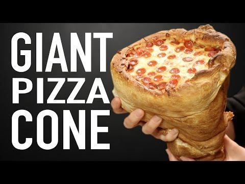 Cover Lagu GIANT PIZZA CONE VS GIANT PIZZA CONE
