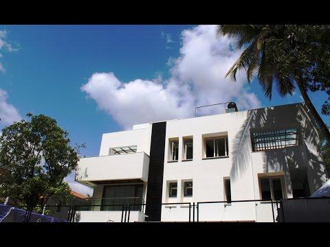 Ek Bangala Bane Nyara (Shah Residence Pune India)