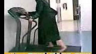Download Saudi Woman Vs Treadmill 3Gp Mp4