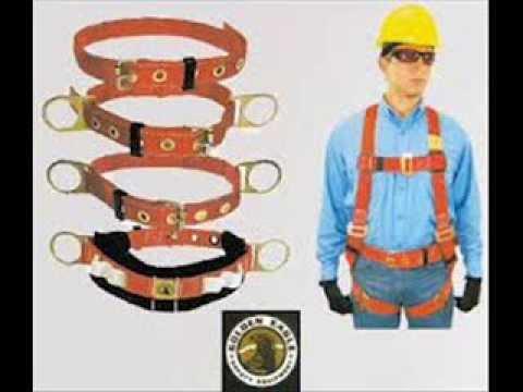 uso de andamios y cinturones de seguridad