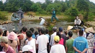 Bà Bầu Nhảy Cầu Đòi Cưới Anh Dân Quân Tự Vệ, Cả làng Kéo Đến Xem Mới Biết Nguyên Nhân…