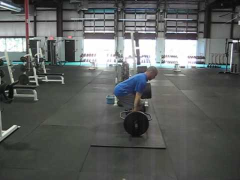 Quad Dominant Trap Bar Deadlift Image 1