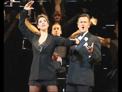 Mama's Memories! Neil McCaul & Claire Sweeney Sings