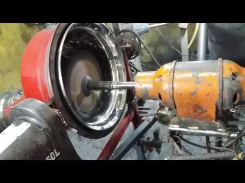 Como polir uma roda de caminhão