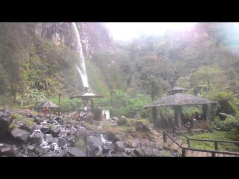 Air terjun Cibeureum detik2 penampakan sosok mahluk !!