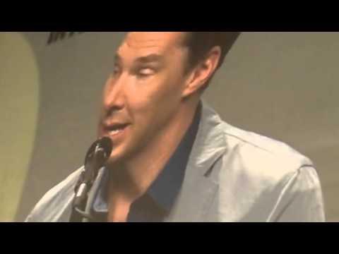 Benedict Cumberbatch Arrives ComicCon