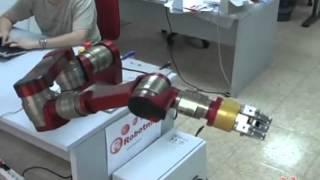Modular robot arm by Robotnik