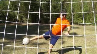 How to do a Soccer Volley - Online Soccer Academy