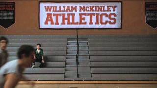 Watch Glee Cast Bein Green video