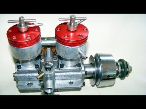 2 CYLINDER  DIESEL  TAPLIN TWIN 15CC running,  vintage RC engine(not nitro or glow !)