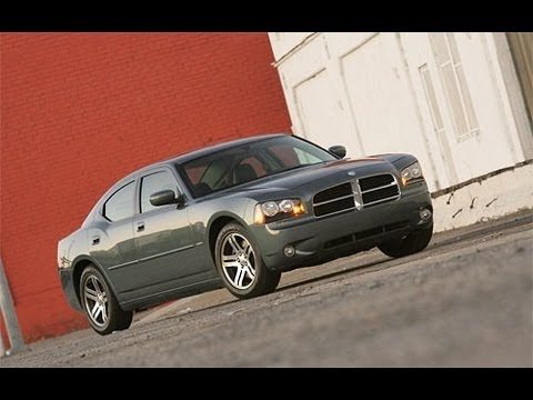 2006 Dodge Charger 5.7 L Hemi V8 Start Up and Review