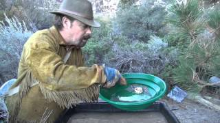 HOW TO PAN FOR GOLD LIKE A PRO !!!!! And Find More Gold... ask Jeff Willliams