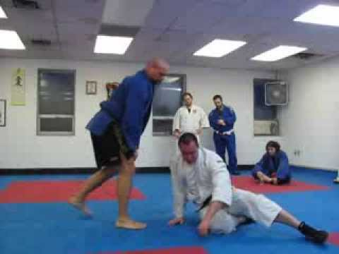 Jiu Jitsu - Judo Throwing Combination to Submission Image 1