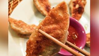 How to make Pan Fried Dumplings | Pan Fried Momos | Pan Fried Dimsum | Easy dumpling Recipe