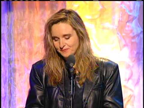 Melissa Etheridge inducts Janis Joplin 1995