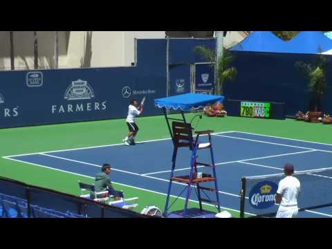 07 30 2010 Ryan Cheung hitting with James ブレーク 1 of 3