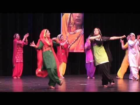 Gidda Performance   Vaisakhi 2011 video