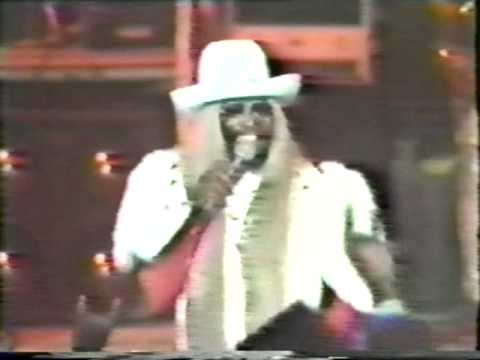 P-Funk Allstars 1983 - featuring Dennis Chambers - Take it to the stage