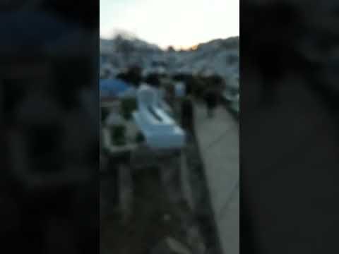 احد سكان حي زيانة المجاورة للمقبرة يستنكر هذا الوضع