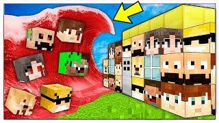 ONDA GIGANTE DI YOUTUBER CATTIVI CONTRO BASE DI YOUTUBERS BUONI! - Minecraft ITA