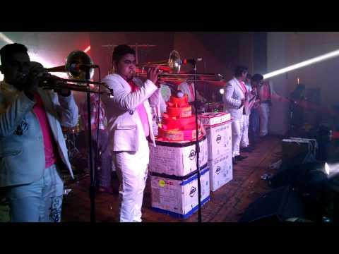 Banda Feroz Arriba Pichataro.