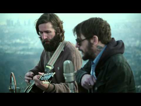 Band Of Horses - Heartbreak On The 101