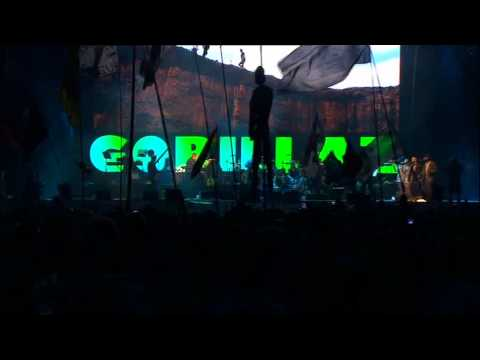 Gorillaz - Last Living Souls (Live @ Glastonbury 2010)
