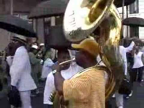 Rebirth Brass Band: Do Watcha Wanna (in the French Quarter)