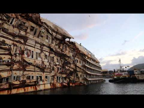 Costa Concordia as it looks today (January 2014)