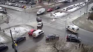 Road accident snow ice compilation