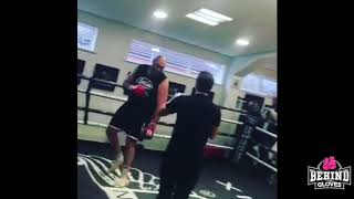 TYSON FURY ON THE COMEBACK TRAIL! LOOKING SHARP ON THE PADS AT HATTON'S GYM