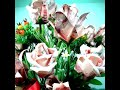 ดอกไม้พับด้วยธนบัตร By Chintana Paleewong