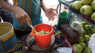 BANGLADESHI AMEZING GUYAVA MIXED WITH MASLA || ONLY GET IT BANGLADESH|| STREET FOOD COURT