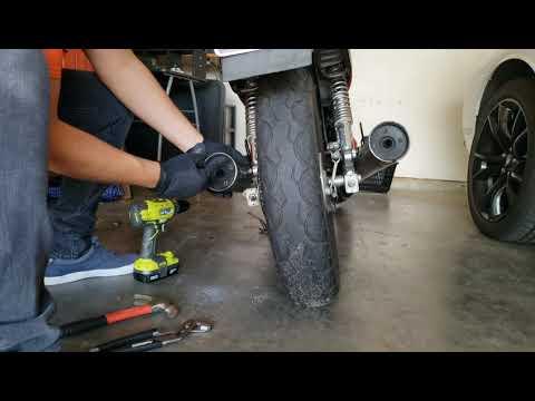 Removing the baffles from Honda NightHawk 250 pt 2