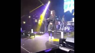 Main Tera Boyfriend Neha Kakkar Live In Auckland 28 Jul 2017