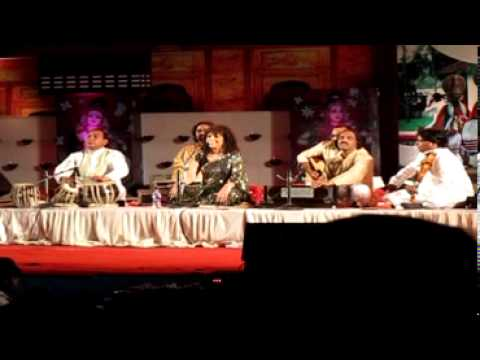 Padma Shri Penaz Masani - Ghazal Maestro At Nishagandhi 2013 video