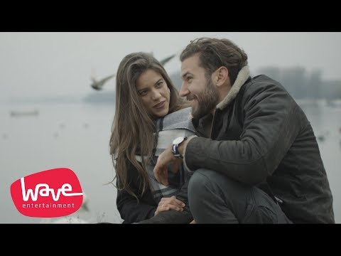 KIKI LESENDRIC & PILOTI - BOG JE ZA NAS IMAO PLAN (OFFICIAL VIDEO)