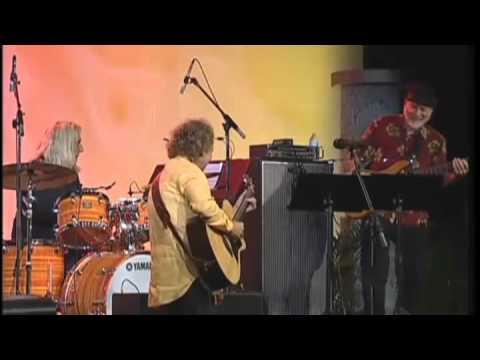 Lee Ritenour Live Performance - All Star Guitar Night - NAMM Summer 2011