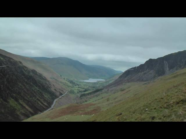 MACH LOOP- Cad west F15's with vapour and ribbons